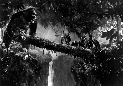 King Kong knows a good pedway when he sees one.
